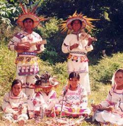 the history of the huichol communities in the sierra madre region of western mexico Deep in the sierra madre mountains of western mexico live the huichol indians mexico - the home of the huichol indians women in history special offers.